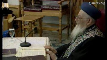 """הרב מרדכי אליהו זצוק""""ל מספר איך התחיל הקשר בינו והרבי"""